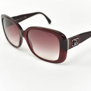 CHANEL Burgundy Quilted Leather & CC Sunglasses cr